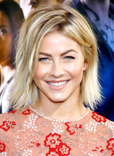 Julianne Hough's Short, Sexy, Blonde, Bob Hairstyle