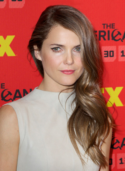 Keri Russell's Long, Wavy, Brunette, Romantic Hairstyle