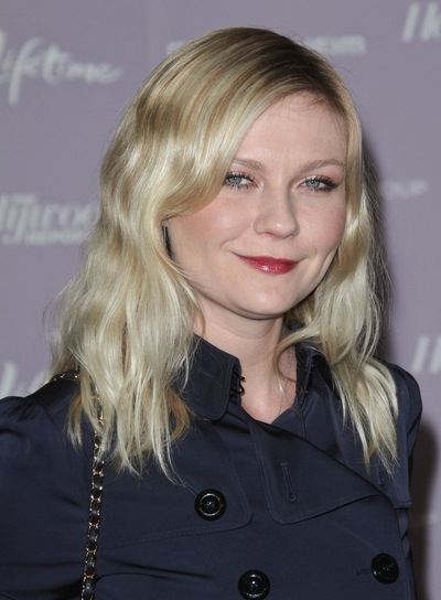 Kirsten Dunst Medium, Wavy, Blonde Hairstyle