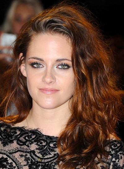 Kristen Stewart's Long, Wavy, Tousled, Brunette Hairstyle