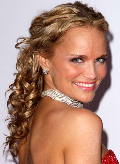 Kristin Chenoweth Curly, Formal Half-Updo