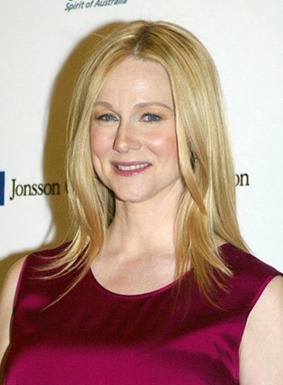 Laura Linney Layered, Blonde Hairstyle