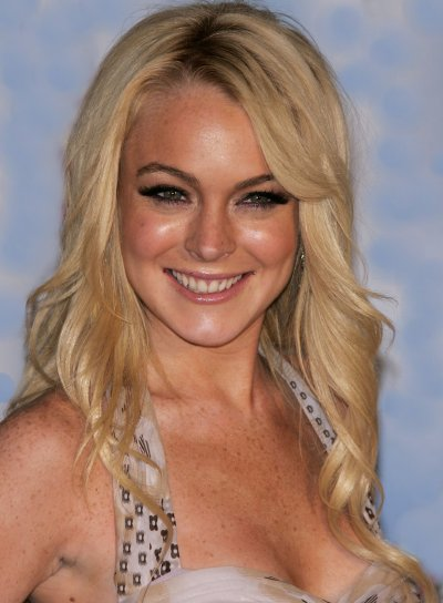 Lindsay Lohan Long, Wavy, Blonde Hairstyle with Bangs
