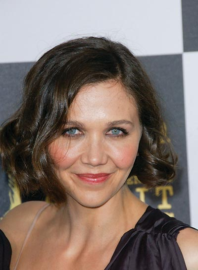 Maggie Gyllenhaal Wavy, Medium Hairstyle