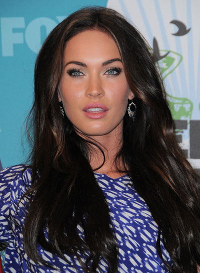 Megan Fox Long, Sexy Hairstyle with Highlights