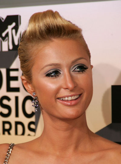 Paris Hilton Edgy, Blonde Updo