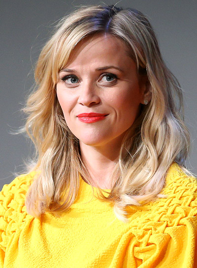 Reese Witherspoon with a Long, Blonde, Wavy, Romantic Hairstyle Pictures
