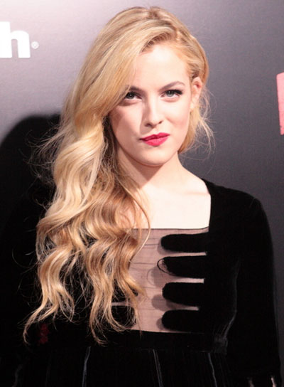 Riley Keough Long, Romantic, Wavy, Blonde Hairstyle