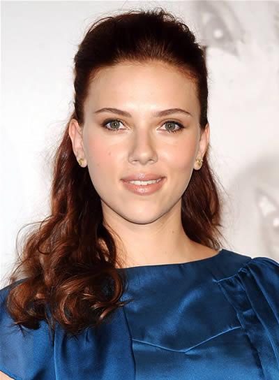 Scarlett Johansson Curly, Brunette Half Updo