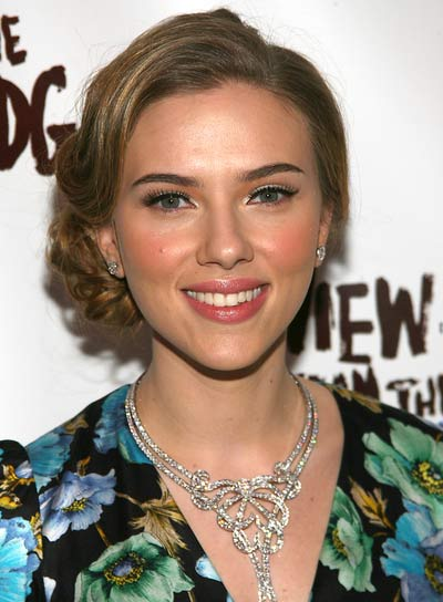 Scarlett Johansson Romantic Updo