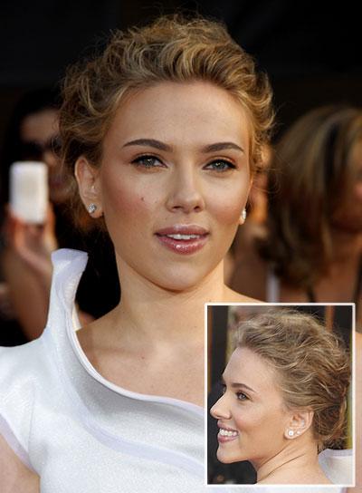 Scarlett Johansson Wavy Romantic Updo