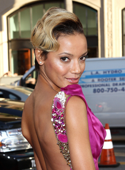 Selita Ebanks Short, Edgy, Blonde Hairstyle