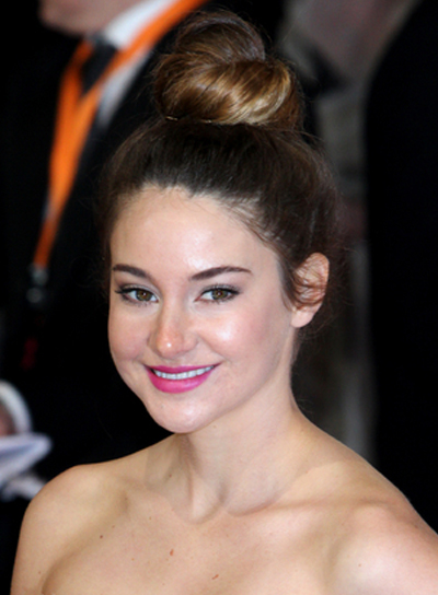 Shailene Woodley Chic, Brunette, Formal, Prom Updo