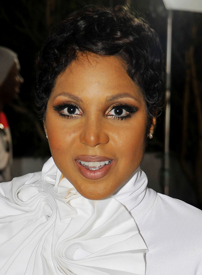 Toni Braxton Short, Black, Curly Hairstyle