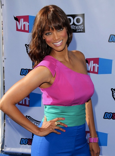 Tyra Banks Medium, Romantic, Wavy Hairstyle with Bangs